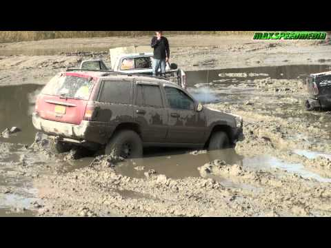 Jeep Grand Cherokee...and mud, lots of mud..