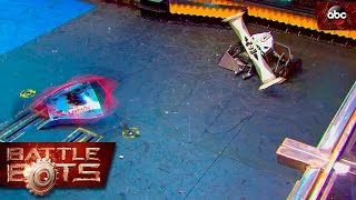 Son of Whyachi vs. Ghost Raptor - BattleBots