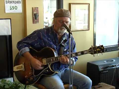 Jerry Miller at The Reuben in Des Moines, WA (7)