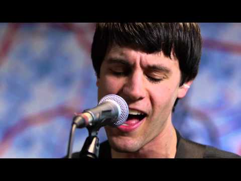 Bleeding Rainbow - Waking Dream (Live @ KEXP, 2013)