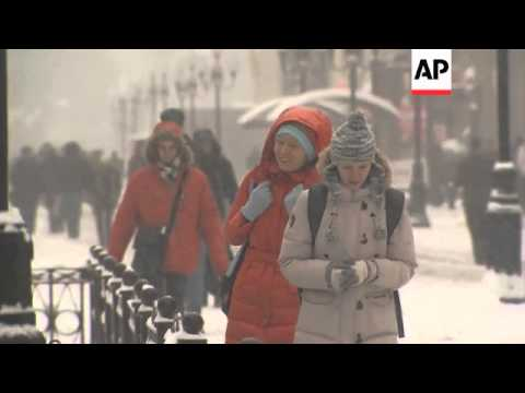 First heavy snowfall of winter in Moscow