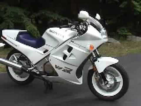 Honda VFR700F (VFR750F) Interceptor 1986 Video