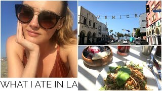 27. WHAT I ATE IN LA  Niomi Smart