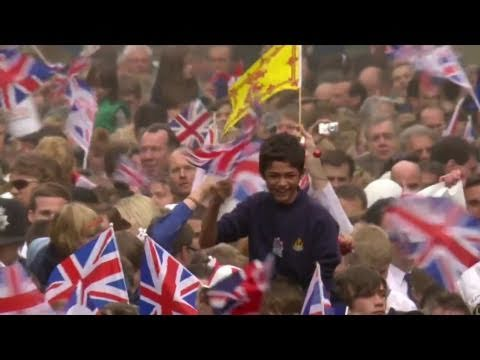 Crowd celebrates the Royal Marriage