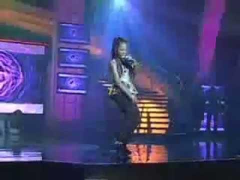Watch Mercy (winner Of Nigerian Idol)'s Lovely Performance Of Chop My Money And Igwe video