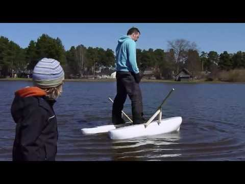 The best mini pontoon boat for fishing how to save money for Fishing pontoon boat reviews