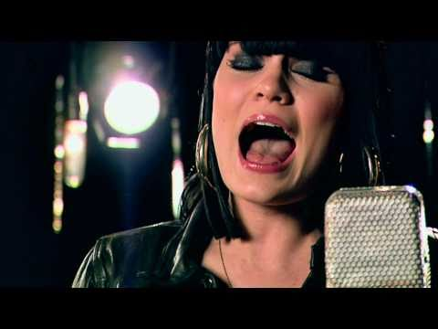 Jessie J - Big White Room (Live Acoustic Music Video) w lyrics...
