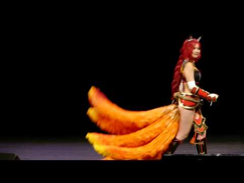 Cartoonist 2013 - Concours Cosplay - 19 - League of Legends - Ahri Fox Fire