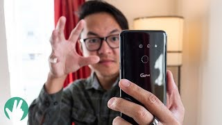 LG G8 ThinQ Hands On: Master hand