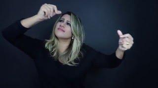 Tua Palavra (Your Words) - LIS: Rebeca Nemer - Vozes: Baruk e Priscilla Alcântara