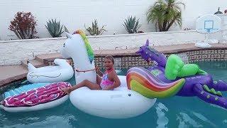 UNICORN Pool Party! | Slyfox Family