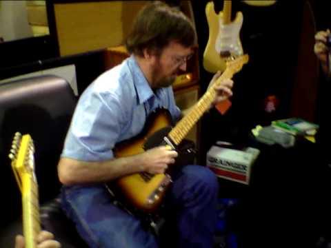 NAMM Show 2010 LSL Guitars w. Jerry Donahue
