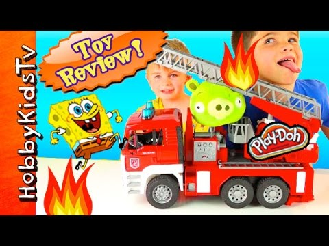 SpongeBob Firetruck! Bad Piggie on FIRE + Krabby Patty Wagon. Toy Review HobbyKidsTV