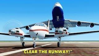 """CLEAR THE RUNWAY!"" 747 Pilots in Flight Simulator X (Multiplayer ATC)"