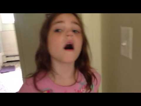 Little girl freaks out over me recording her