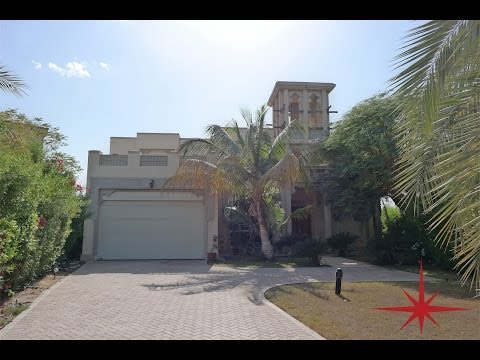 Jumeirah Islands, Islamic Theme, Upgraded 4 Bedroom Villa Entertainment Foyer + Pool