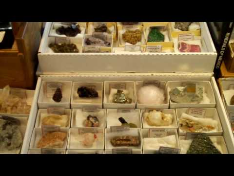 Colburn Earth Science Museum Gem and Mineral Exhibit 16.MOV