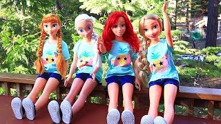 Frozen Elsa Anna Rapunzel & Ariel Cabin Vacation | Toys and Dolls Pretend Play for Kids | SWTAD