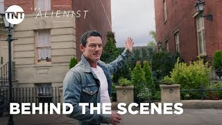 The Alienist: Building the Gilded Age with Daniel Brühl & Luke Evans - Season 1 [BTS] | TNT