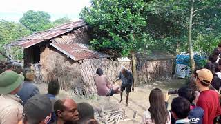 Sống Với Cô Vợ Nhỏ Hơn 12 Tuổi, Ông Già Bất Lực Ngậm Ngùi Phát Hiện Đứa Con Trong Bụng Vợ Mình Là…