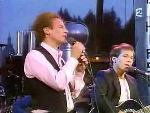 Simon and Garfunkel- America