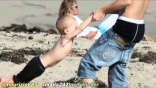 Justin bieber at family the beach in California city with Jaxon & Jeremy ! feb 2012 ♛
