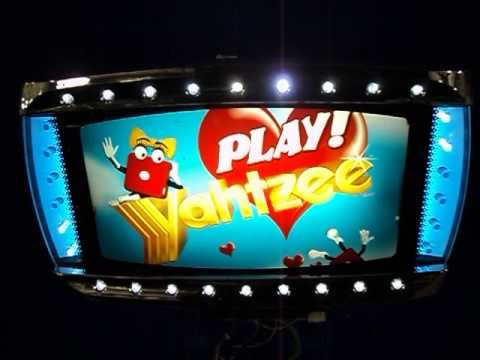 Play Yahtzze Slot Machine Topper