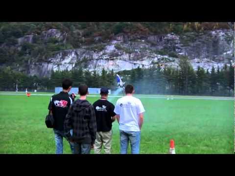 Alan Szabo Jr. Trex700N 3G Alpine Heli Smack Down 2009