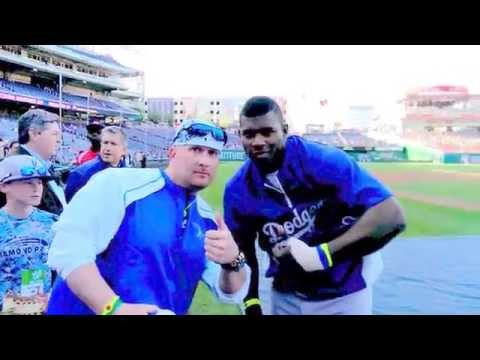 Yasiel Puig Los Angeles Dodgers signing autographs Nats Park Washington