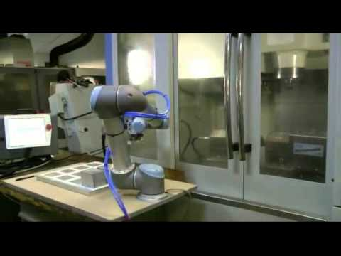 Universal robots UR5 works together with Magerl rotamatik swivel vice, Part 1