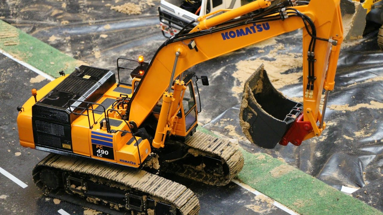 rc komatsu pc 490 lc and cat excavator emslandmodellbau