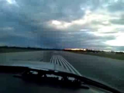 Piper Cherokee 140 Landing at Oshawa Municipal - CYOO