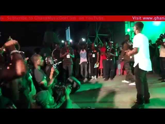 Sarkodie - Performance @ EL's B. A. R. concert | GhanaMusic.com Video