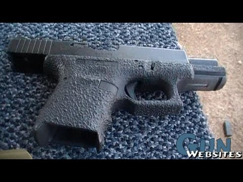 Shooting Modified Glock 19 w/ G26 Grip