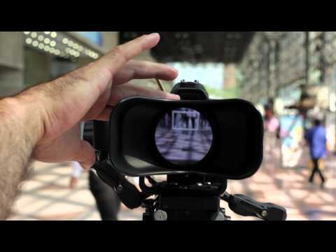 Cinema5D Quick Take:  Cinevate Cyclops HDSLR Viewfinder.