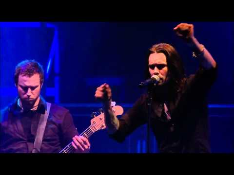 Alter Bridge - In Loving Memory Live (with lyrics) HD