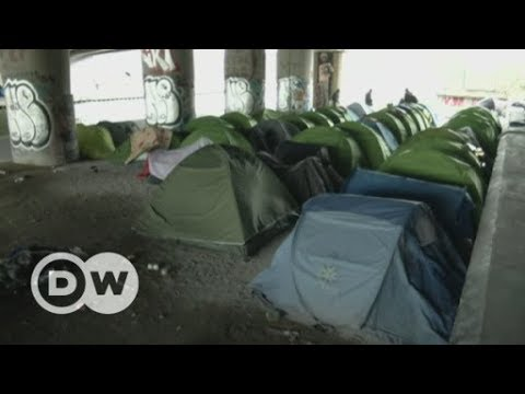 France to step up expulsions with new asylum laws | DW English