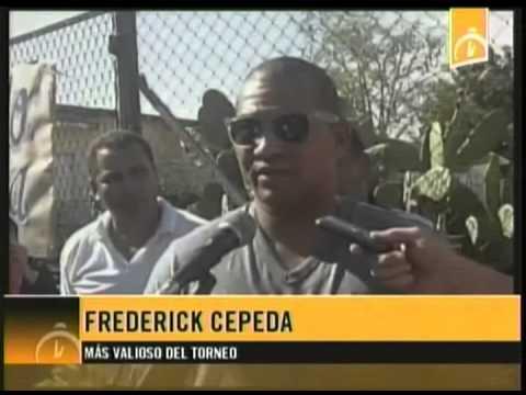 Reciben en Sancti Spíritus a Frederick Cepeda, jugador más valioso de la Serie del Caribe 2015