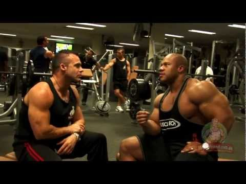Phil Heath - Tips For Young Bodybuilders - YouTube