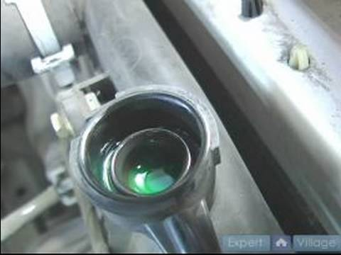 Basic Car Care & Maintenance : Checking Car Radiator Coolant Level