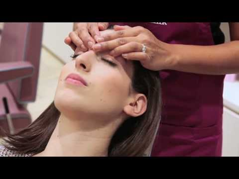 Eyebrow Threading at Blink Brow Bar Feat: Lily Pebbles