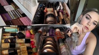 Makeup Collection & Storage Of A 15 Year Old | Shanice Slatter