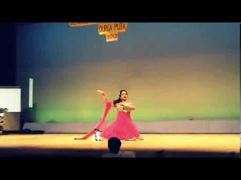 Mohima: Inhi Logo Ne Dance - Pakeezah