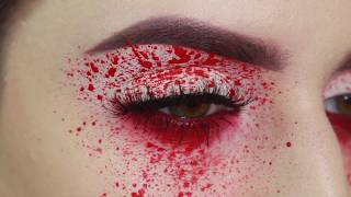Blood Splatter Eye Tutorial | 5 minute Halloween Make up