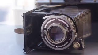Getting Into Cheap Folding Cameras