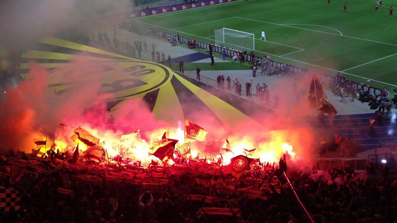 Dortmund Fans Pyro Borussia Dortmund Pyro