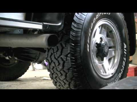 Toyota Hilux Surf 3.0 Startup + Custom Exhaust Clip