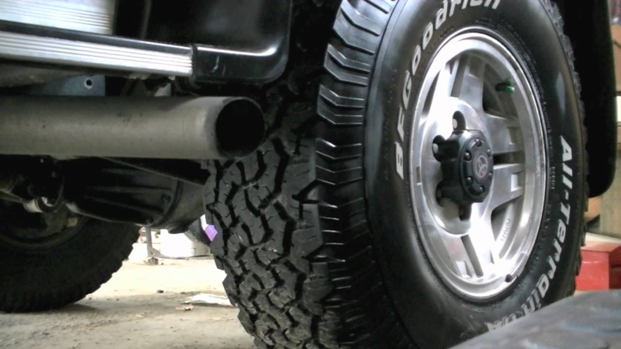 Toyota Hilux Surf 3 0 Startup Custom Exhaust Clip Youtube