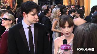 Ellie Kemper and Zach Woods From The Office Talk Steve Carell and More at the 2011 Emmy Awards