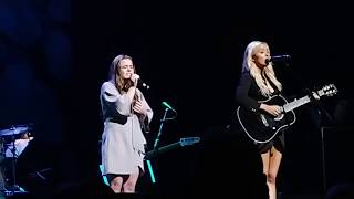 "Lennon and Maisy Stella- ""Lean On"" + ""In Love""- Nashville Final Season Celebration-Grand Old Opry"